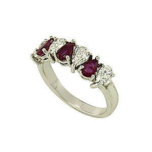 Anel de Ouro, Rubi e Diamantes