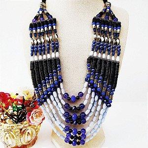 Maxi colar etnico 7 voltas resinas cristais bolinhas pretas e tons azuis
