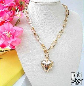 Colar corrente bijuteria coração desenhado dourado