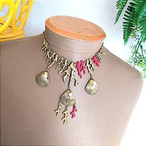Colar bijuteria corais e conchas ouro velho