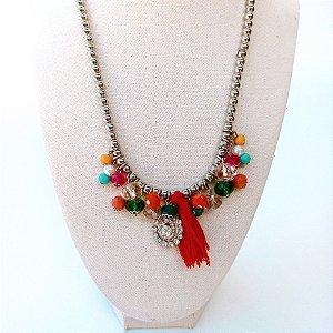 Colar bijuteria chumbinho com penduricalhos e tassel vermelho