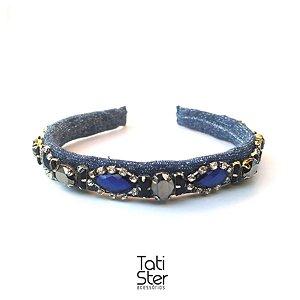 Tiara tecido cinza lurex pedraria azul e preto com fio de strass
