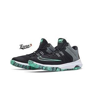 Tênis Basquete Nike Air versitile ll
