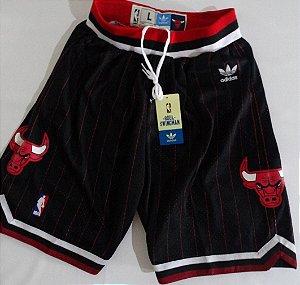 Bermuda Esportiva Basquete NBA Chicago Bulls Classic Preta