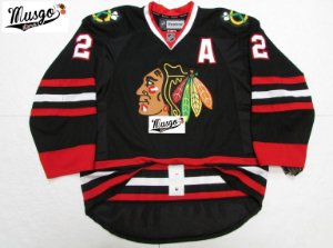 Camisa Esportiva Hockey NHL Chicago Blackhawks Duncan Keith Número 2 Preta