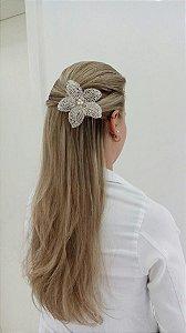 Flor para cabelo de noiva banho de prata