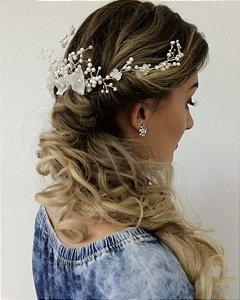 Pente para casamento pérolas cristais e flores