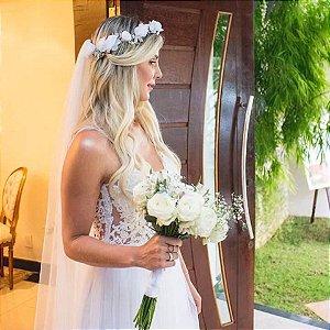 Headband de flores brancas para noiva