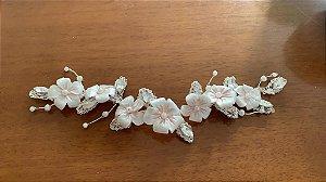 Arranjo para noiva flores de porcelana fria banho de prata