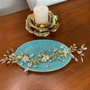 Grinalda para cabelo de noiva  com flores de madrepérola