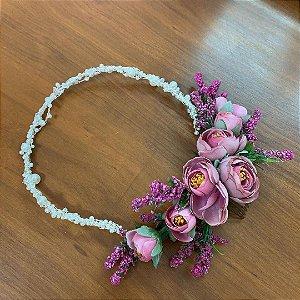 Arranjo de flores artificiais em rosé e magenta