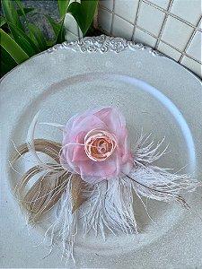 Flor para cabelo de noiva ou madrinha em tom rosé