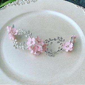 Arranjo  com flores rosa claro  para noivas metais banho de prata