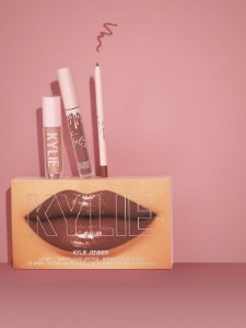 Kylie Cosmetics - Trio Lovestruck