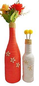 Duo Garrafas Decoradas Malha Coral e Branco