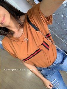 T-shirt Listras Caramelo