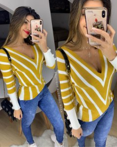 Blusa Decotada Fashion Mostarda