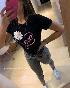 T-shirt Love Preta