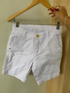 Short Branco