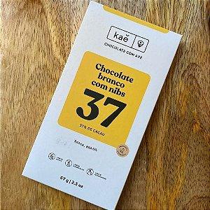Barra de Chocolate Branco 37% Cacau com Nibs - KAÊ Chocolates