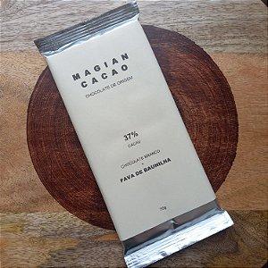 Barra de Chocolate Branco 37% Cacau + Fava de Baunilha - Magian Cacao