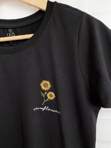 T-Shirt Sunflower Bordada