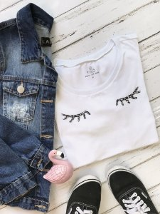 T-Shirt Cílios - Branca
