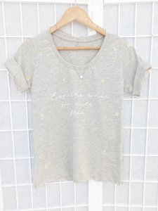 T-Shirt Espalhe Amor Bordada
