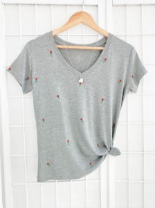 T-SHIRT MINI ROSAS MESCLA