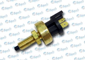 Interruptor do pedal de freio Pajero TR4 /L200/ Topic/ Towner
