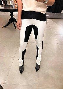 Calça Skinny Lycra Couro Eco Paola
