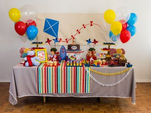Festa Brinquedo Antigo - Aluguel de Decoração