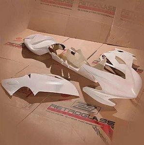 Kit de Carenagem em Fibra para Rua - Triumph Nova Daytona 675