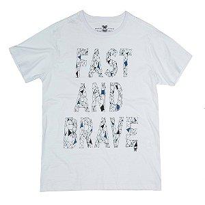 Camiseta Fast and Brave