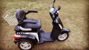 Triciclo Elétrico Electrobike 1000 W  Semi-Novo