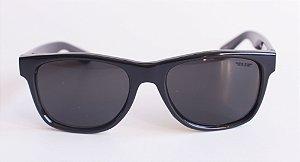 Óculos de Sol clássico Dani - Preto com lente preta espelhada