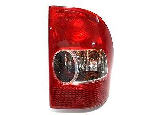 Lanterna Traseira LD Strada 02/06 Fiat