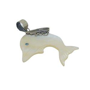 Pingente golfinho madrepérola