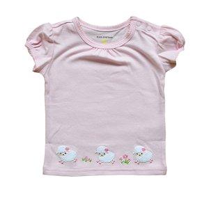 Camiseta Bebê Rosa com Ovelhinhas