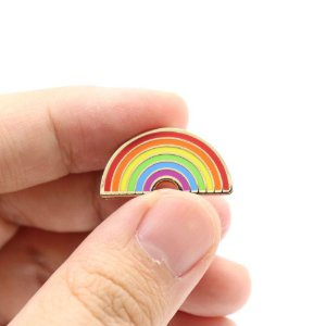 ARCO-IRIS PIN