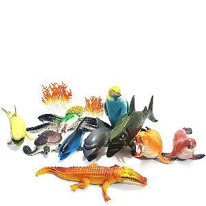 Brinquedos Com 13 Peças De Animais Do Oceano + Um Super Fundo