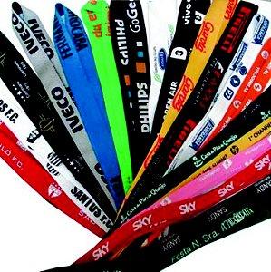 Cordões de crachá personalizados 20mm c/argola e jacaré (100 unidades)