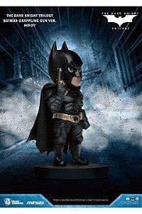 Estatua Beast Kingdom Mini Egg Atack Batman Grappling Gun
