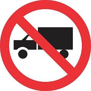 Placa de Regulamentação - R-9 - Proibido Trânsito de Caminhões