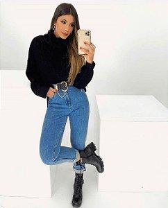 Calça Mom Jeans Lavagem Média