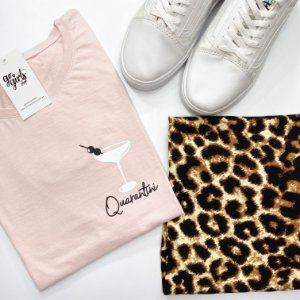 BOX - Saia Ana Animal Print + T-Shirt Quarantini