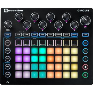 Novation Circuit Sintetizador Groove Box