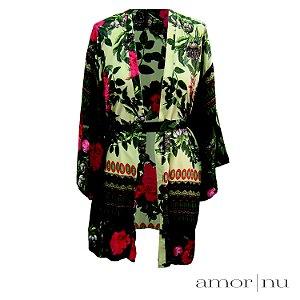 Minicoleção Amor Nu: Kimono Leve Amor