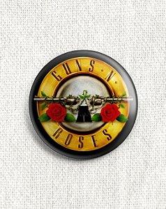 Boton Guns and Roses