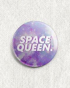 Boton Space Queen